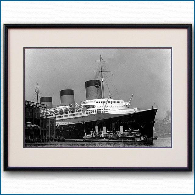 1935年 客船ノルマンディー・ニューヨーク入港 88番埠頭の写真 3251LL