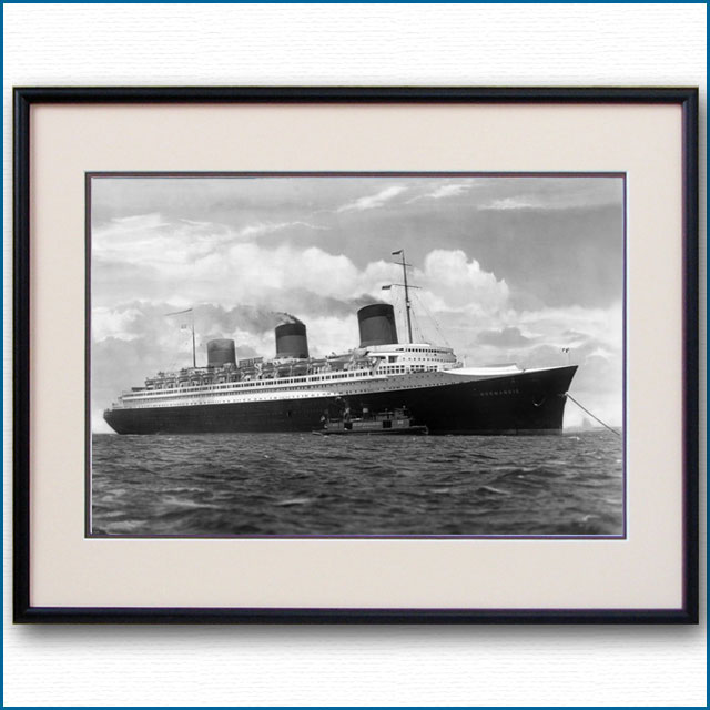 1935年 客船ノルマンディー・パイロット待ちの写真 3258LL