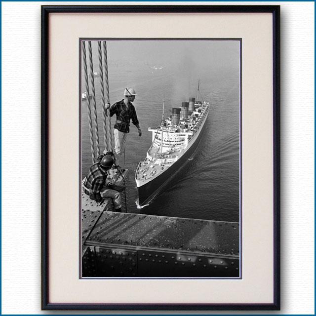 1963年 客船クイーンメリー ヴェラザノ・ナローズ・ブリッジ通過の写真 3276LL