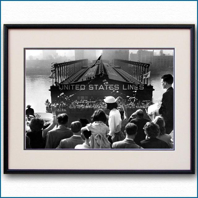 1952年 マンハッタン86番埠頭・客船ユナイテッドステーツ到着の写真 3283LL