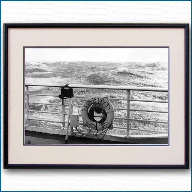 1950年代 客船ユナイテッドステーツ・救命浮環の写真 3291LL