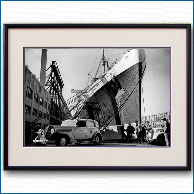 1936年 客船クイーンメリー・ニューヨーク初停泊の写真 3302LL