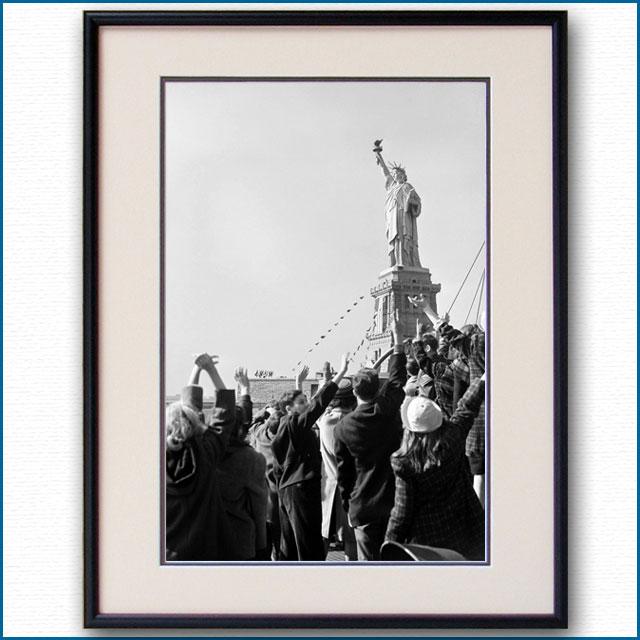 1930年代 乗船客と自由の女神の写真 3306LL